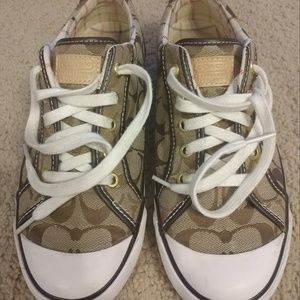 Coach Barrett shoes size 9